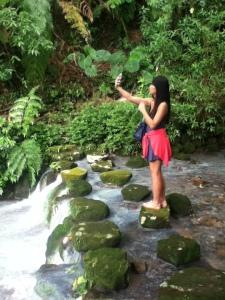 Amity's Selfy Shoot
